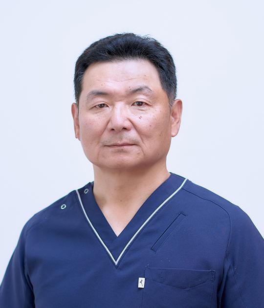 獣医師 中丸 大輔